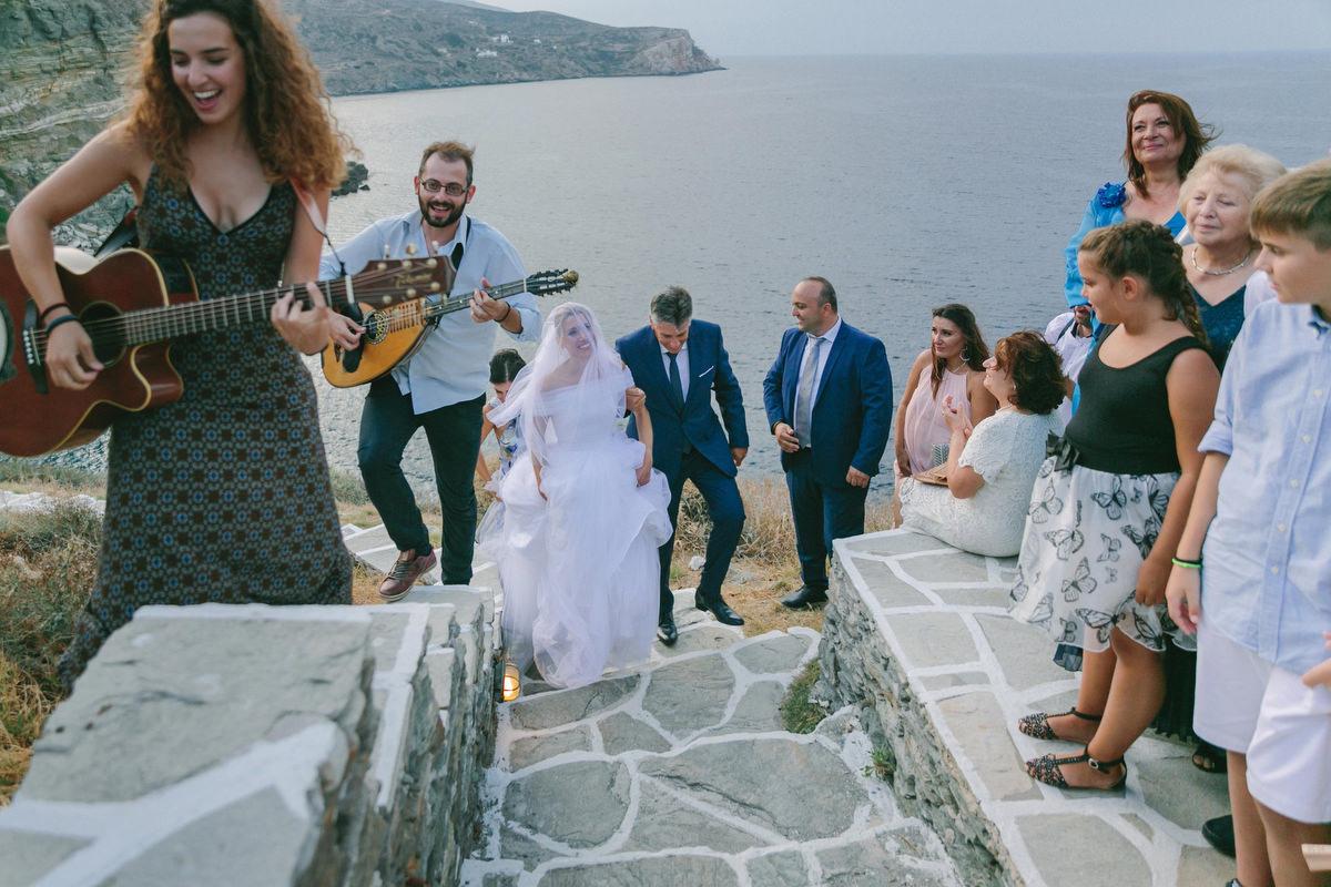 romantic wedding in sifnos