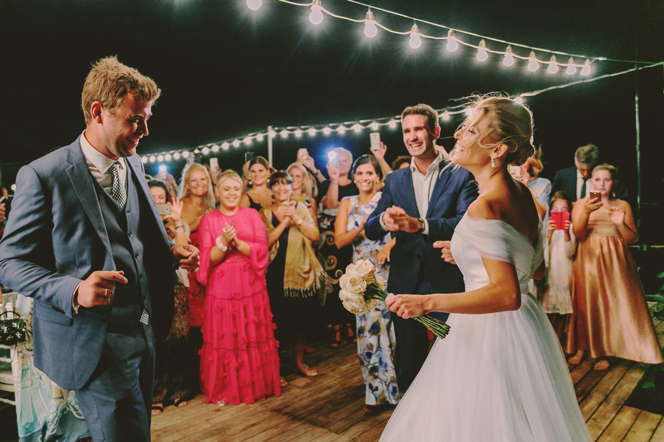 groom and bride dances the first dance in sifnos island